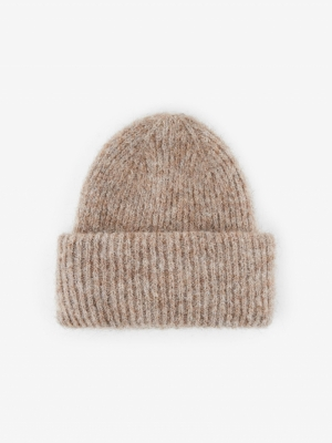 124010 Hats logo